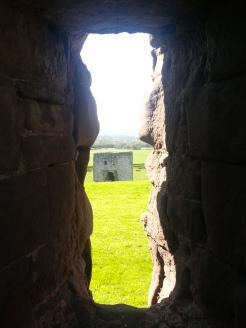 Natural frame, Rhuddlan Castle #nofilter