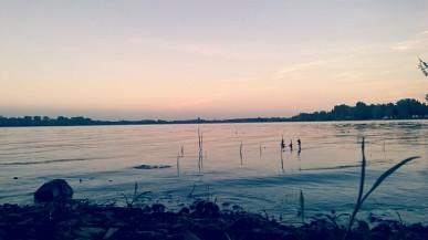 Peaceful pause, Laval