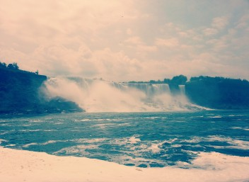 Bloody powerful, Niagara