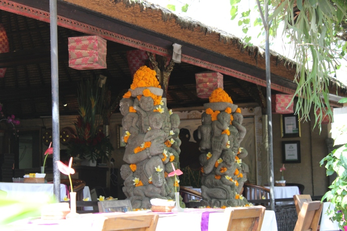 Stone elephants garlanded